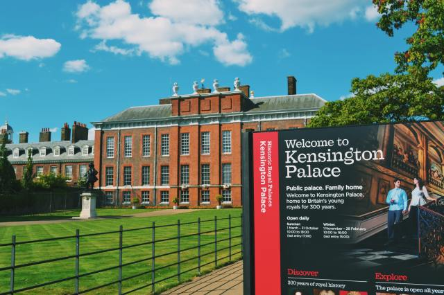 Kensigton Palace is one of the iconic buildings in london, iconic london buildings