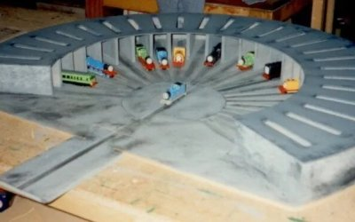 Thomas The Tank Engine Toy Engine Shed