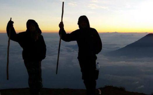 Amazing views of sunrise on Mt Acatenango