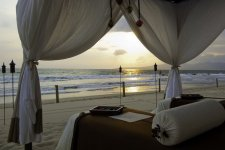 U'umbal Shawl Massage Launches at Grand Velas