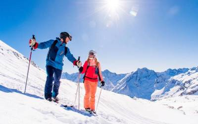 Jet2 discounts ski flights for early bookers