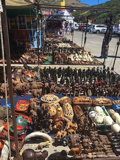 wooden crafts souvenir cape town| best South African souvenirs to buy in Cape Town | What to buy in South Africa | South Africa souvenirs | Souvenirs from South Africa