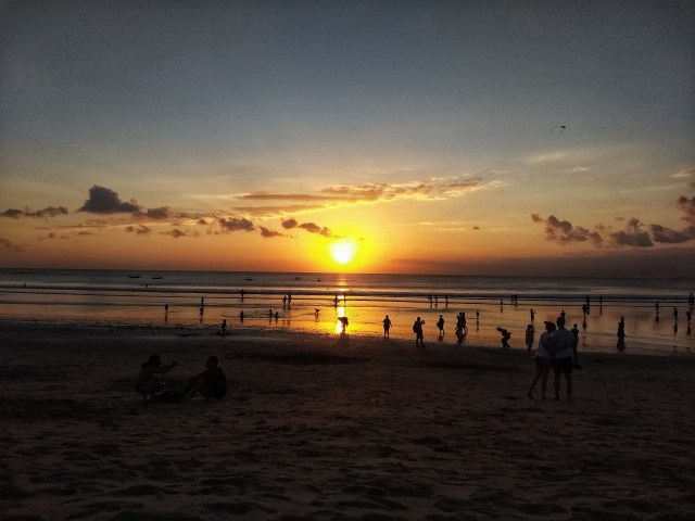 amazing sunset kuta