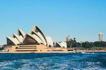 Sydney Opera House by boat
