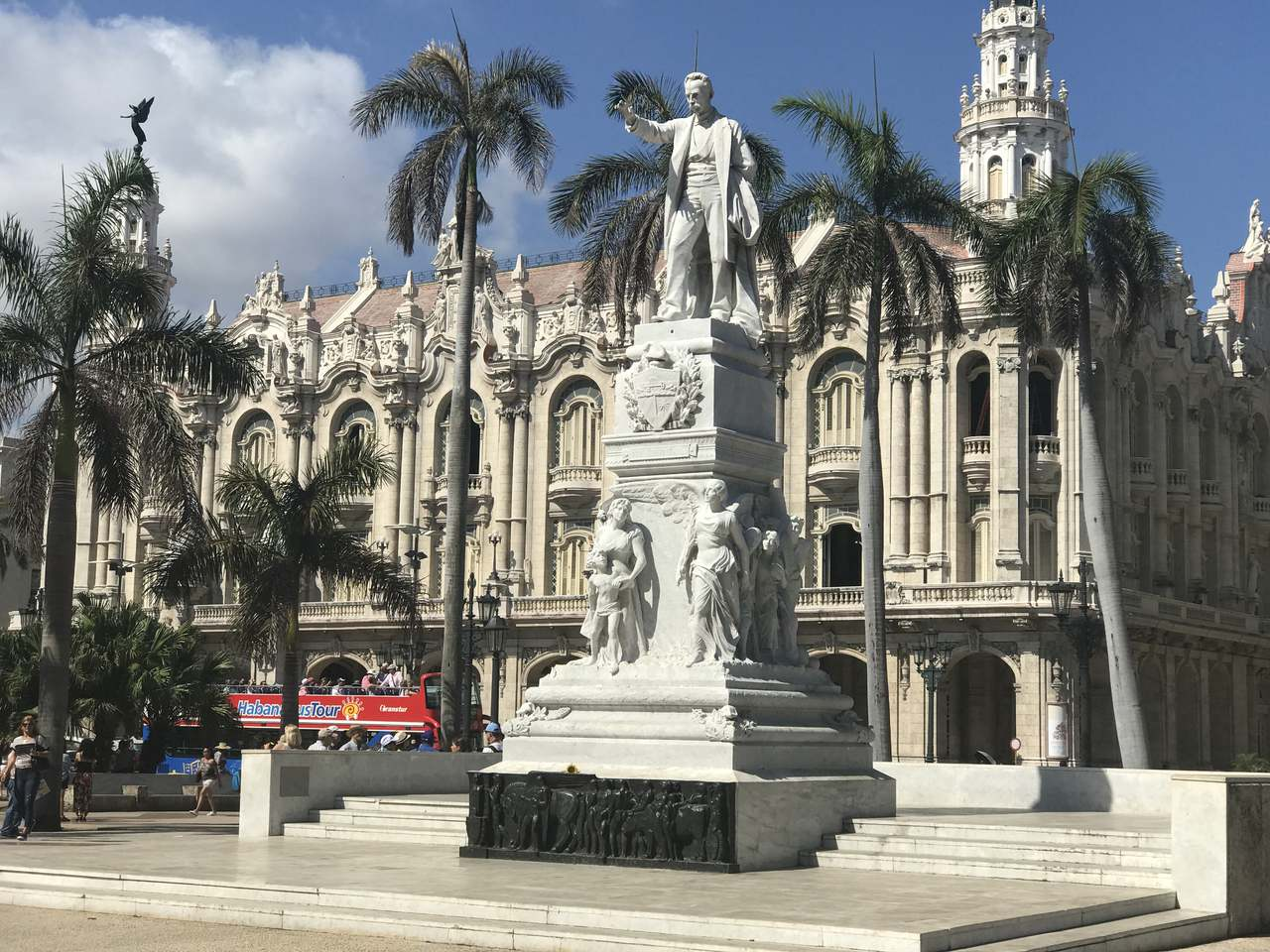 Jose Marti, a poet not a fighter  Travel Guide: 24 Hours in Havana Jose Marti