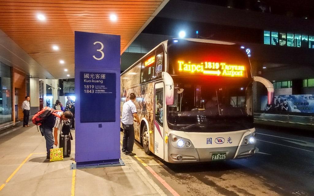 Kết quả hình ảnh cho bus taiwan