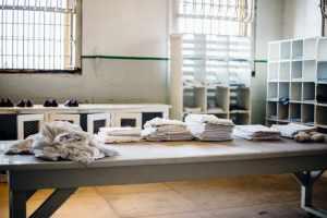 table of prison clothes for alcatraz