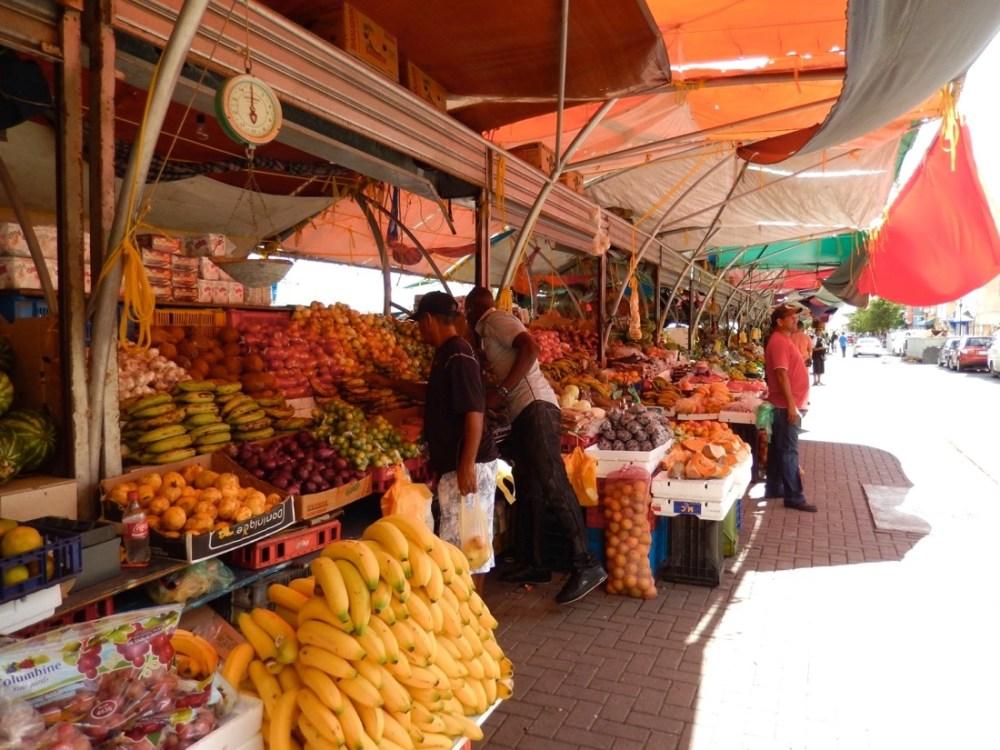 curacao fruit market