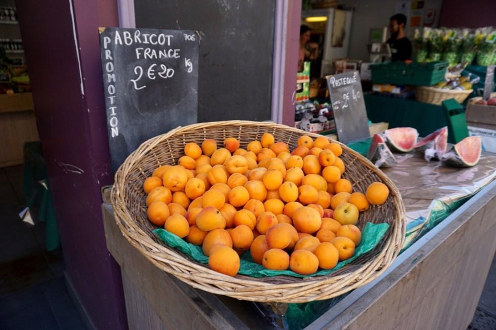 nice abricots