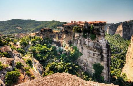 amazing-places-meteora-greece-1