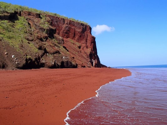 Red Sand Beach, Rabida, Galapagos