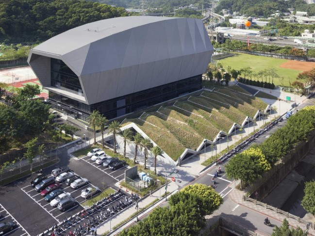 Zhonghe Community Sports Center by Q-Lab (New Taipei City, Taiwan)
