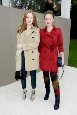 LONDON, ENGLAND - SEPTEMBER 21: Ellie Bamber (L) and Holliday Grainger arrive at Burberry Womenswear Spring/Summer 2016 show during London Fashion Week at Kensington Gardens on September 21, 2015 in London, England. (Photo by David M. Benett/Dave Benett/Getty Images for Burberry) *** Local Caption *** Ellie Bamber;Holliday Grainger