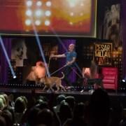 Află ce trebuie să faci pentru a fi pe scenă, alături de câinele tău la show-ul lui Cesar Millan!