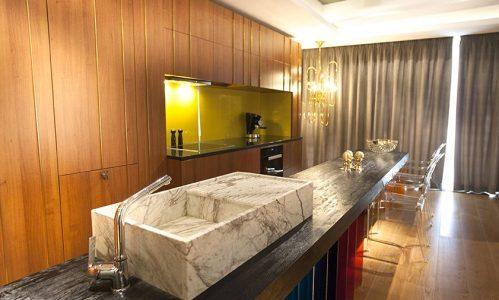 Home & Deco: Eclectism și glamour într-un apartament din București – FOTO