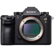 Sony lansează camera foto α9 la prețul de 5300 euro