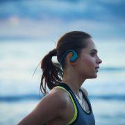 Sony lansează noul Walkman rezistent la apă WS620, cu tehnologie Bluetooth