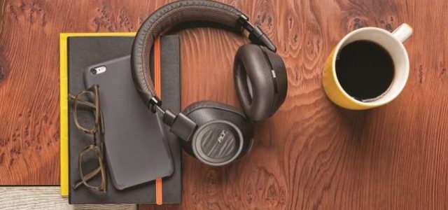 Plantronics lansează căștile wireless BackBeat Pro 2