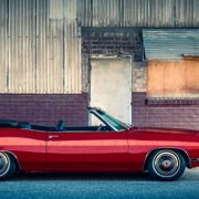 """""""Maşinile simbol ale Americii"""", poveştile vizionarilor care au construit industria automobilistică din SUA"""
