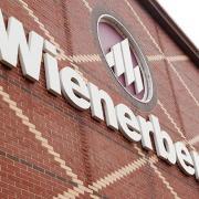 Wienerberger cumpără 98,3% din Brikston