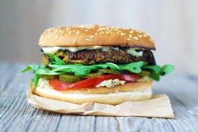 Eggplant-burger-cu-vinete-reteta