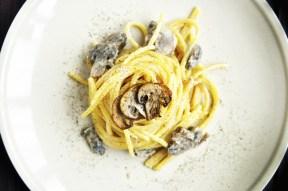 vegan mushroom alfredo pasta paste cu sos alfredo ciuperci
