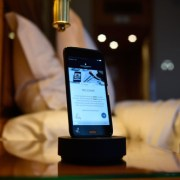 InterContinental Bucuresti ofera gratuit oaspetilor cazati telefoane mobile pe perioada sederii