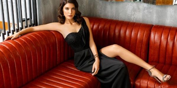 Noir Absolu, colectia de rochii de seara Athena Philip 2018!