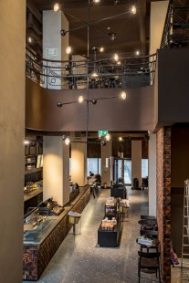 Starbucks Reserve Lipscani (3)