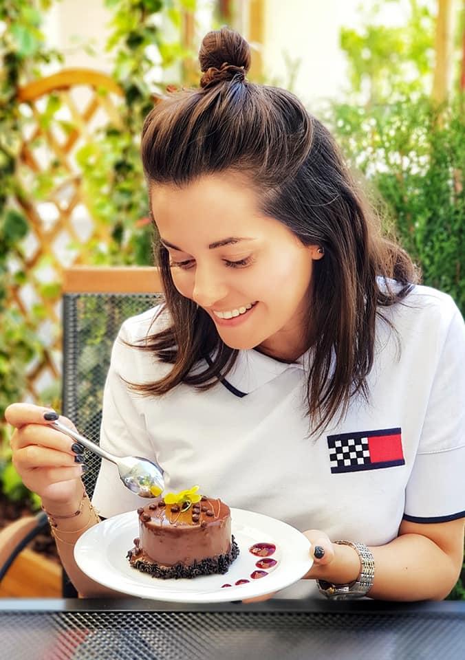 Mihaela_restaurant Trei