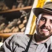 """Chef Foa, o nouă emisiune culinară la Kanal D: """"Cine-i Chefu'?"""""""