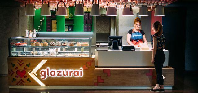 Cuptorul Moldovencei lansează Glazurai, insula cu prăjituri artizanale din Palas Mall