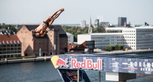 Primul român din Seria Mondială Red Bull Cliff Diving, pe locul 7 la debut!