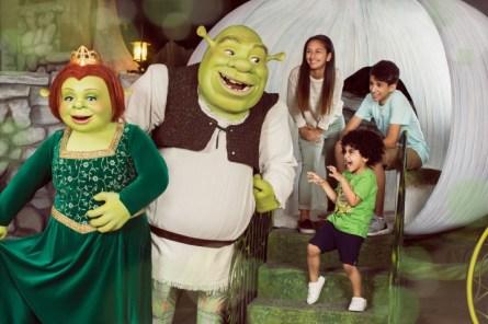 Shrek-&-Fiona-Meet-&-Greet