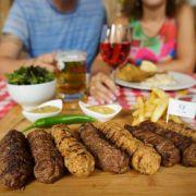 Studiu: Mâncarea tradițională românească, preferată de 66.2% dintre bucureșteni