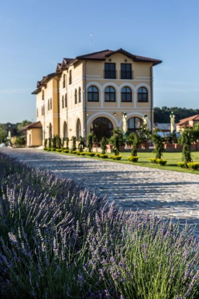 Country Spa Health & Beauty Retreat