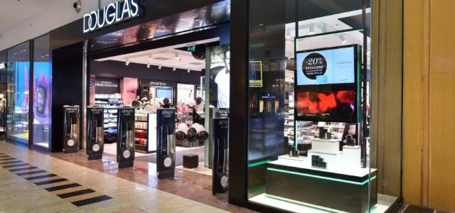 Douglas România redeschide magazinul flagship din Bãneasa Shopping City