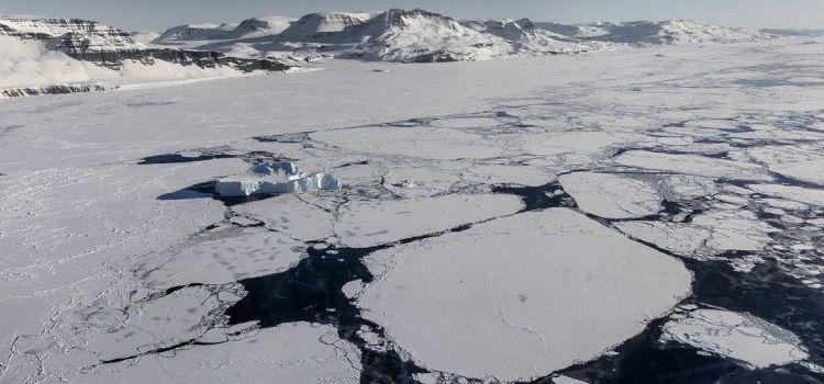 Temperaturile din zona Arcticului vor crește cu 10° C în următorii 100 de ani!
