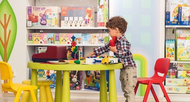Sondaj EduClass.ro: Cât și cum se joacă azi copiii?