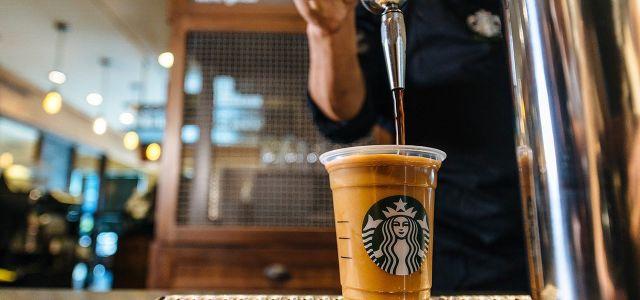 Starbucks lansează Nitro Cold Brew