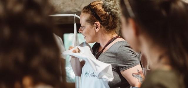 POM – Port Originea cu Mine: un produs de îmbrăcăminte sănătos care vorbește despre identitatea ta