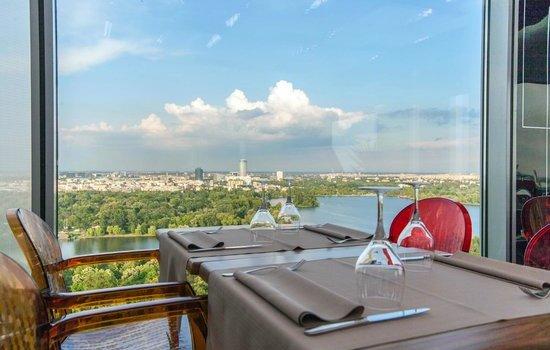 Grupul Stadio Hospitality Concepts preia 18 Lounge