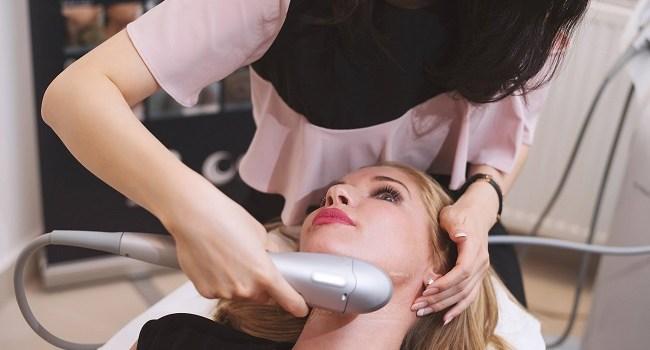 Ce tratament de lifting nechirurgical face Ileana Badiu la Silhouette pentru întinerire imediată