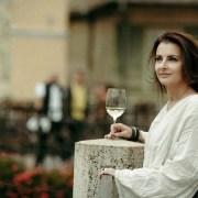 Consumatorul avizat – un trend în lumea vinului în 2020