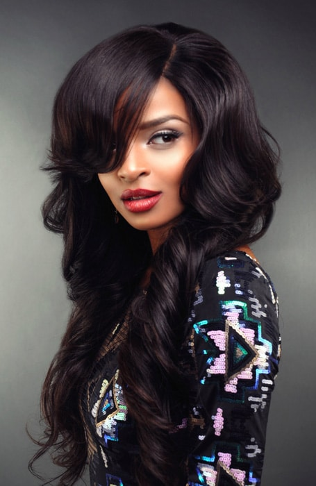20 Stunning Deep Side Part Hairstyles The Trend Spotter