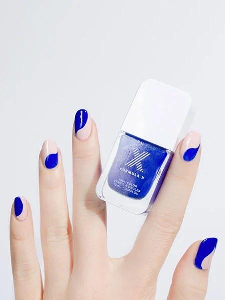 Blue Waves Nail Art