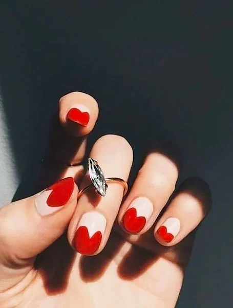 White Nails With Hearts