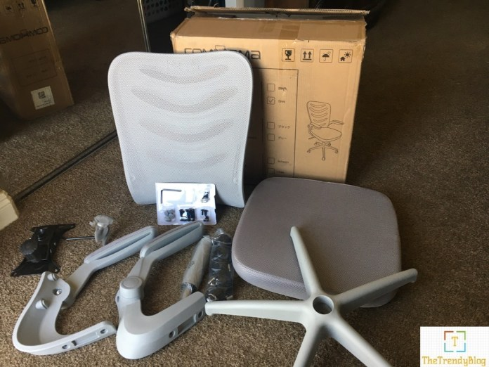 Comhoma office chair box contents