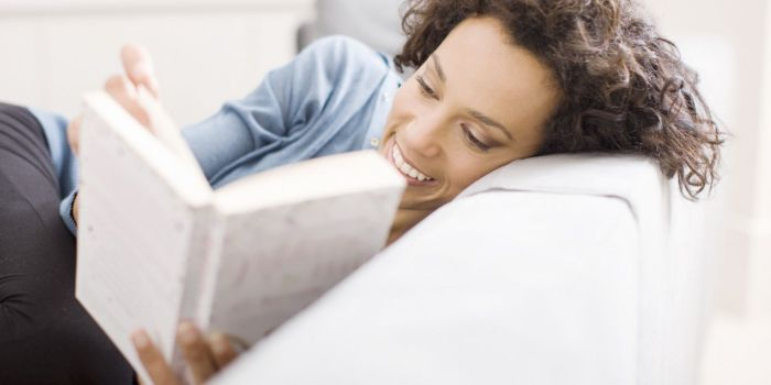 8 Tips To Help You Develop A Healthy Reading Habit