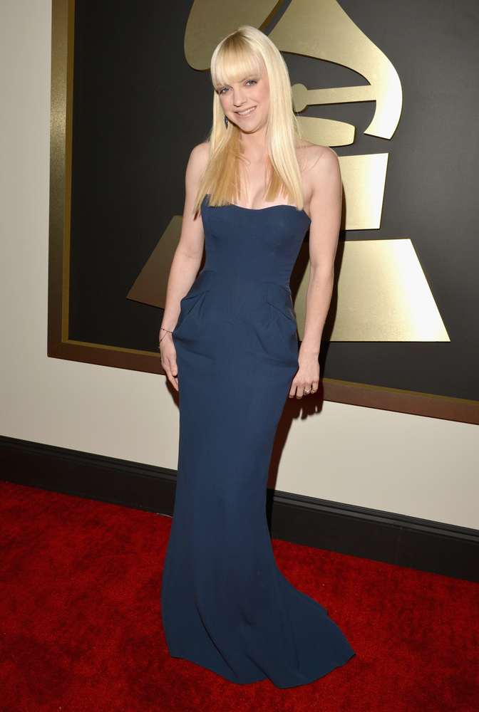 Anna Faris in Fitriani and Sutra